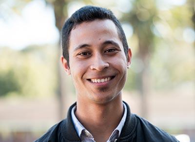 Alumni: Ilyaaz Isaacs