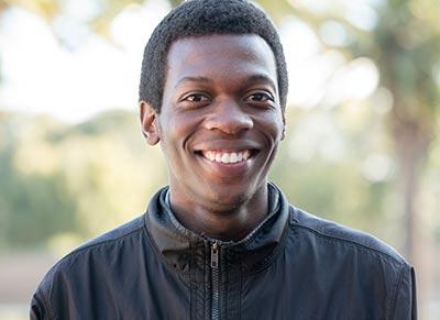 Alumni: Nkosilathi Tauro