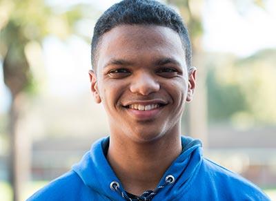 Alumni: Vicario Williams